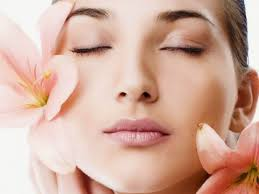 11 Manfaat Susu Kambing Untuk Kecantikan, Mencerahkan dan Bikin Awet Muda